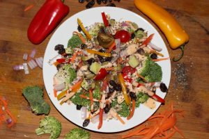 Vegetable detox rainbow salad